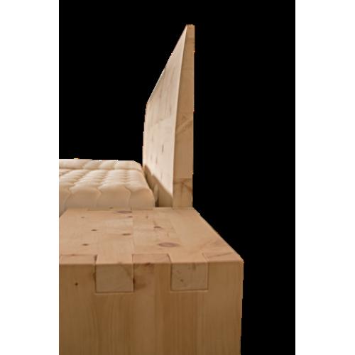 Letto in legno massello cirmolo senza parti metalliche - Parti del letto ...